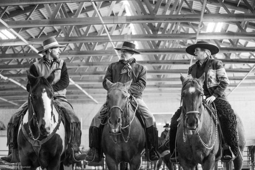buckaroo roping, ranch roping, big loop roping, roping on the river, south dakota cowgirl photography, bridle horses